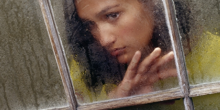 Osamljenost je boleča. Vir: jw.org
